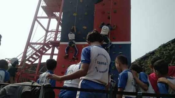 Pacu Adrenalin di Banksasuci Wall Climbing Tangerang